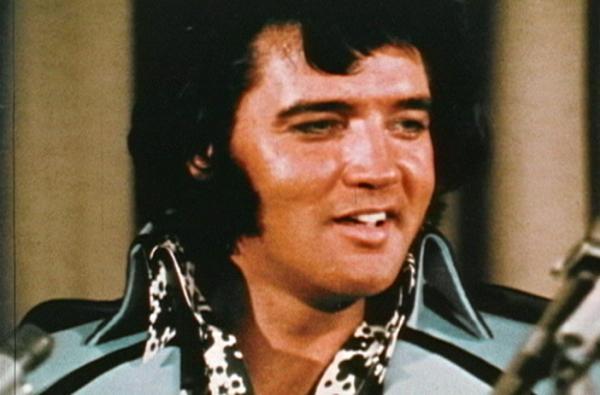 Jak šel čas s Elvisem