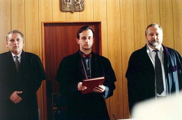 Na lavici obžalovaných justícia