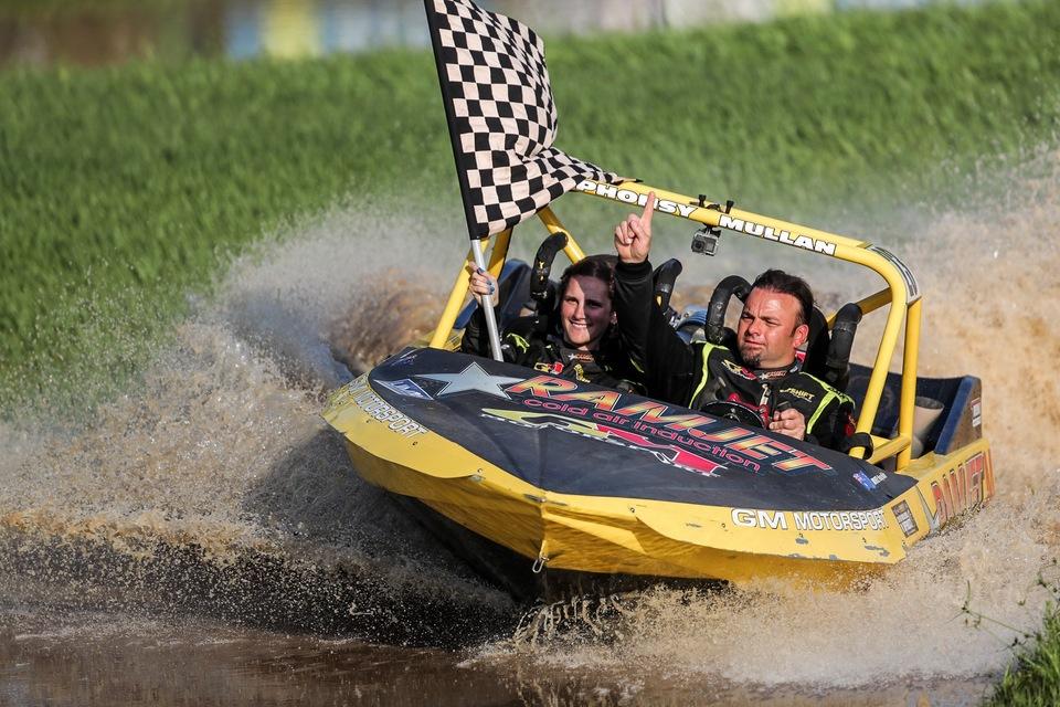 V8 Superboats Championship - Behind the Scenes