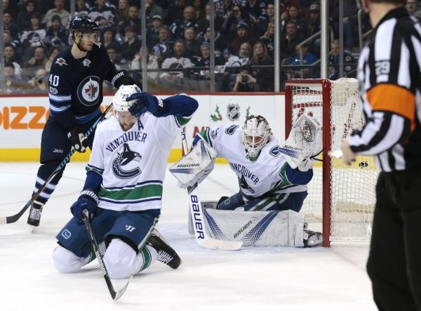Winnipeg Jets - Vancouver Canucks