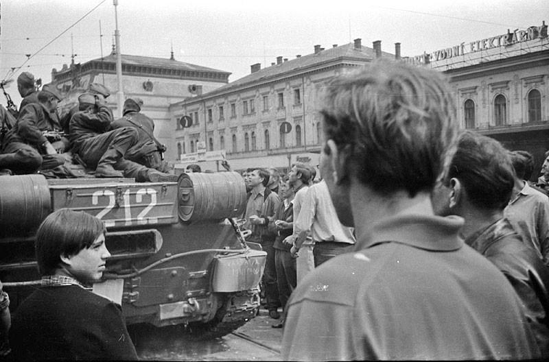 Dokument Brno 1968: Trosečníci z Kojálu