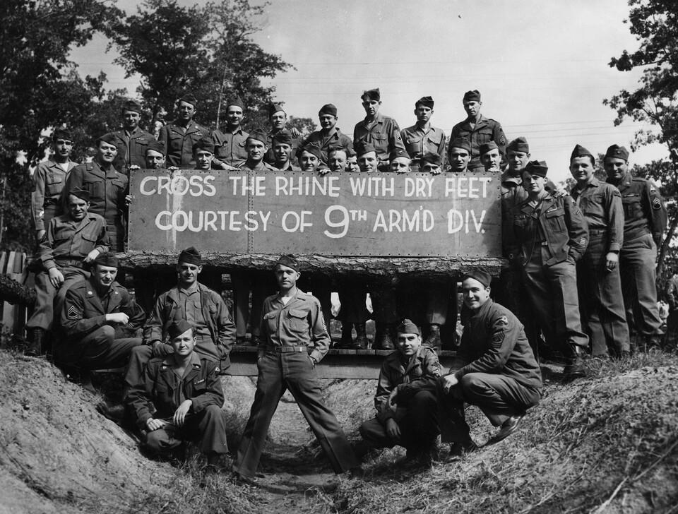 Dokument 1945: Cesta k vítězství