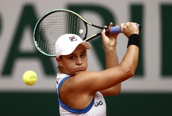 Tenis: D. Krawczyková, J. Salisbury - J. Vesninová, A. Karacev