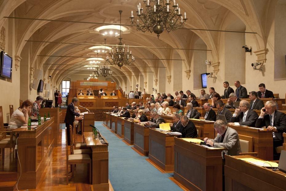 Záznam z jednání schůze Senátu PČR