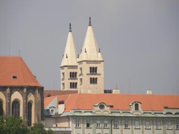 Dokument Praha, město věží
