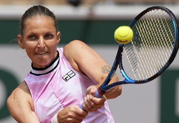 Tenis: Kar. Plíšková, Kr. Plíšková - Krejčíková, Siniaková