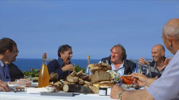 Dokument Gerard Depardieu a chute Európy