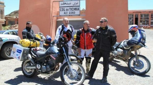 Moto(s)poušť aneb Moto cestou necestou