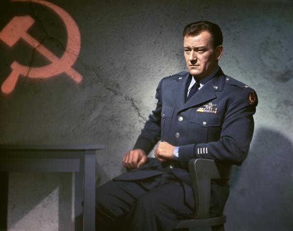 John Wayne, Amerika za každou cenu