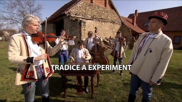 Tradice a experiment