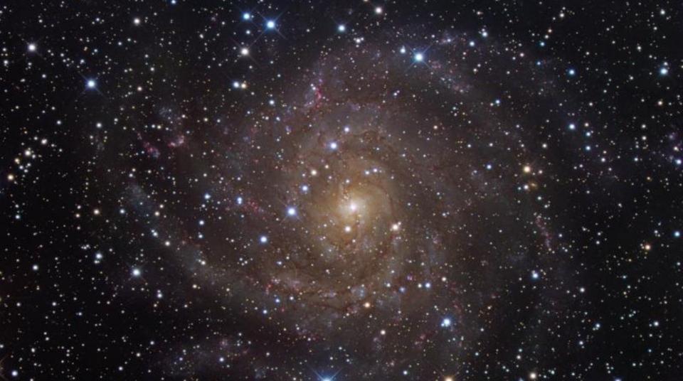 Dokument Hlubinami vesmíru s dr. Martinem Ferusem, astrochemie 1. díl