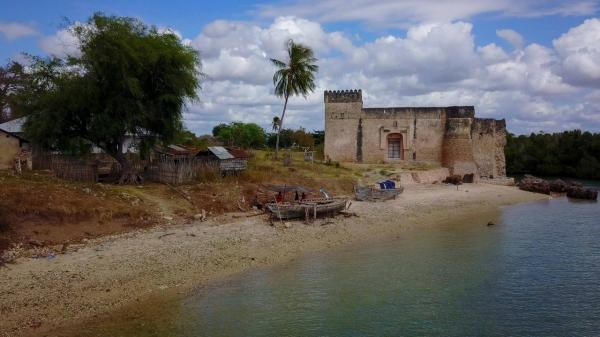Tanzanie, ze Zanzibaru do Kilwy