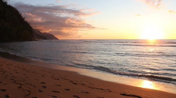 Dokument Havaj, ostrovy uprostřed Pacifiku