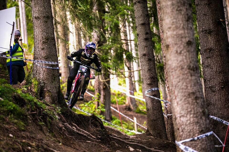 Dokument Deuter Downhill-Innsbruck presented by RAIFFEISEN