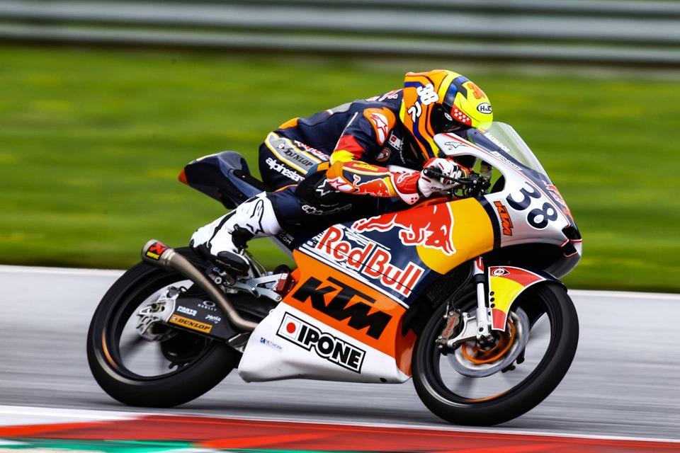 Dokumentarci Race 1 - Jerez, Spain